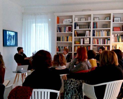 Petit Hotel incontri-lettura-biblioteca-libri-workshop