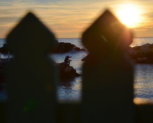 aspettando-il-tramonto a Marina di Pisa