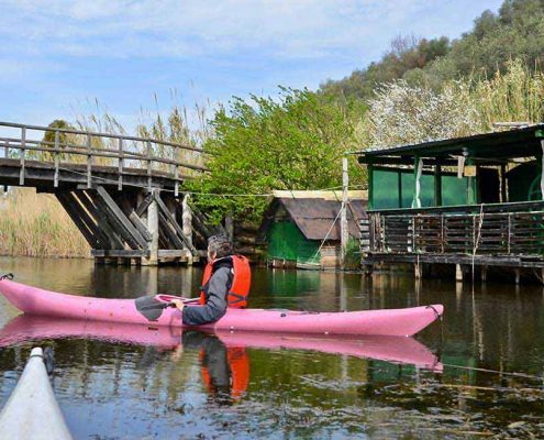 in canoa sul lago di Massaciuccoli