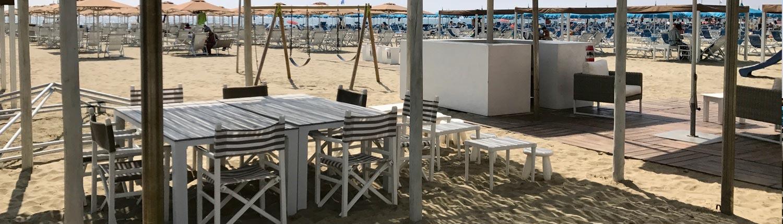 Petit Hotel e spiaggia a Lido di Camaiore