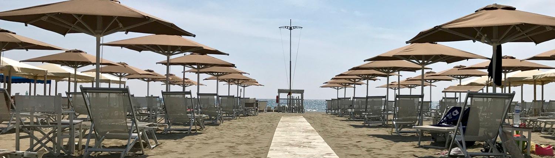 Petit Hotel la spiaggia il mare a Lido di Camaiore