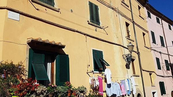 Via-Carducci-Castagneto