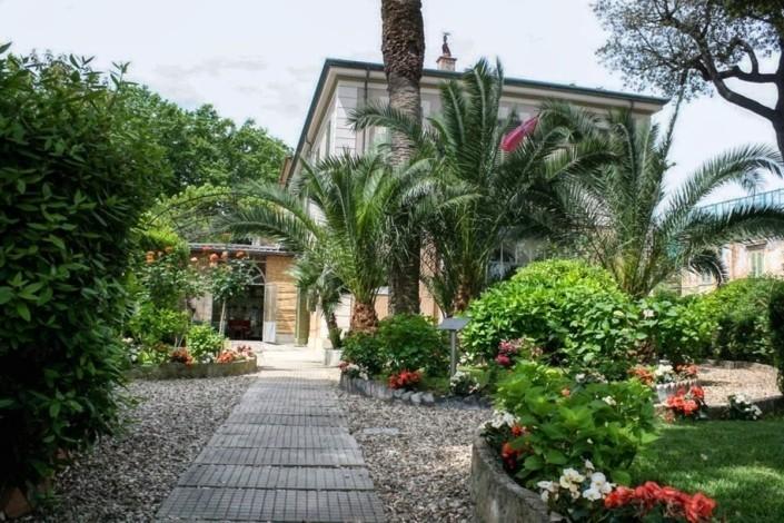 Villa-Museo-Giacomo-Puccini-a-Torre-del-Lago-web