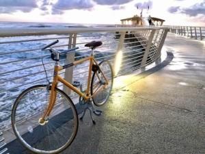 in bici in versilia