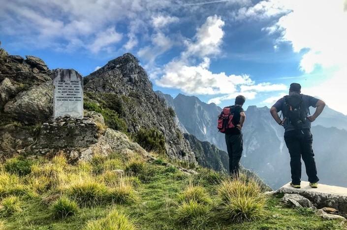 trekking-sulle-Apuane-la-linea-gotica