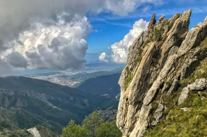 trekking-sulle-Apuane-passo-uncini